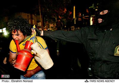 Iranian_student_oppressed_3