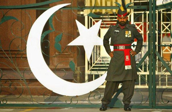 Indian_guard
