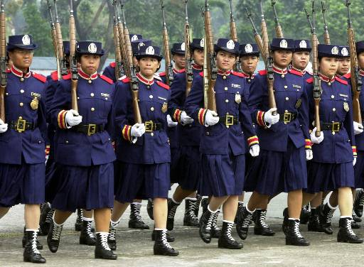 Filipina_police_1